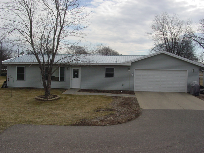 1260 west main street paynesville mn homes for sale
