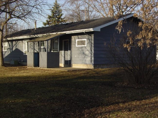 Awe Inspiring 347 Lake Ave Paynesville Mn Homes For Sale Download Free Architecture Designs Viewormadebymaigaardcom